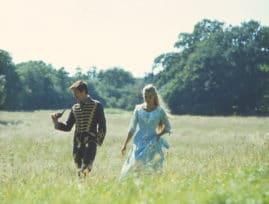 Bild ur filmen Elvira Madigan (1967) föreställande Tommy Berggren och Pia Degermark