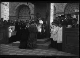 Miraklet : Tavlor ur det katolska samfundslivet - image 43
