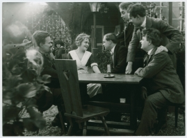Det röda tornet : Drama i 3 akter - image 18