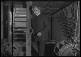 Det röda tornet : Drama i 3 akter - image 40