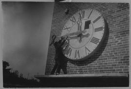 Det röda tornet : Drama i 3 akter - image 26