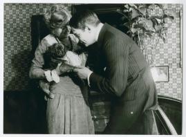 En av de många : Skådespel i 3 akter - image 1