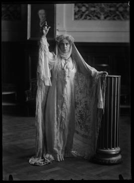 Madame de Thèbes - image 109