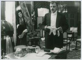 Landshövdingens döttrar : Filmdramatisering i 3 akter - image 45
