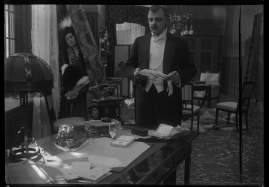 Landshövdingens döttrar : Filmdramatisering i 3 akter - image 67