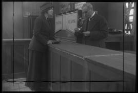 Landshövdingens döttrar : Filmdramatisering i 3 akter - image 17