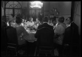 Landshövdingens döttrar : Filmdramatisering i 3 akter - image 18