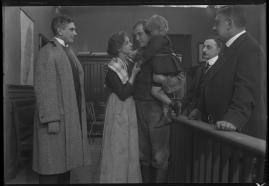 I prövningens stund : Skådespel i 3 akter - image 30