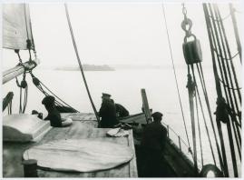 Skepp som mötas : Skådespel i 3 akter - image 8