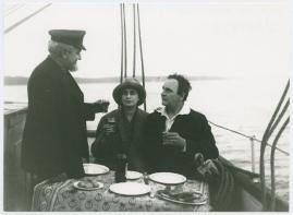Skepp som mötas : Skådespel i 3 akter - image 13