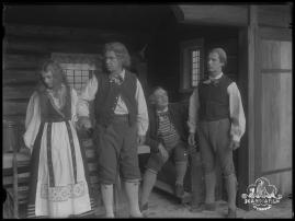 Ett farligt frieri : Folkkomedi i fyra akter - image 7