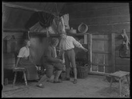 Ett farligt frieri : Folkkomedi i fyra akter - image 60