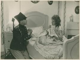 Lieutenant Tophat - image 8