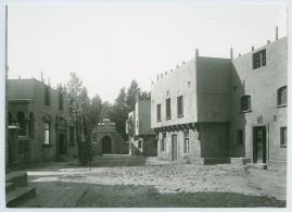 Det omringade huset - image 1