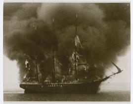 Eld ombord - image 30
