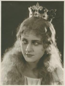 Hennes lilla majestät - image 68