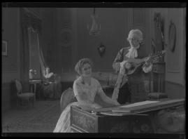 Två konungar : Romantiserad skildring från Gustaf III:s och Bellmans dagar - image 147