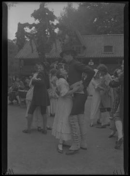 Två konungar : Romantiserad skildring från Gustaf III:s och Bellmans dagar - image 27