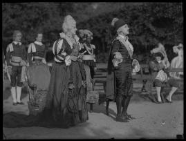 Två konungar : Romantiserad skildring från Gustaf III:s och Bellmans dagar - image 120