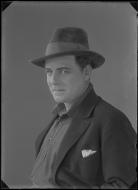 A.-B. Gifta Bort Baron Olson - image 91