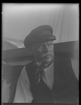 Skepparkärlek : En hamnhistoria om gungande gastar - sjungande skeppare - snoppade smugglare - carnegie och kärlek - image 124