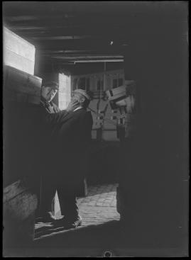 Skepparkärlek : En hamnhistoria om gungande gastar - sjungande skeppare - snoppade smugglare - carnegie och kärlek - image 79