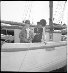 Skepparkärlek : En hamnhistoria om gungande gastar - sjungande skeppare - snoppade smugglare - carnegie och kärlek - image 97