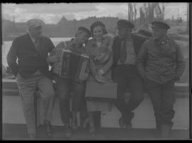 Skepparkärlek : En hamnhistoria om gungande gastar - sjungande skeppare - snoppade smugglare - carnegie och kärlek - image 72