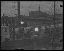 Skepparkärlek : En hamnhistoria om gungande gastar - sjungande skeppare - snoppade smugglare - carnegie och kärlek - image 49