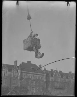 Skepparkärlek : En hamnhistoria om gungande gastar - sjungande skeppare - snoppade smugglare - carnegie och kärlek - image 32