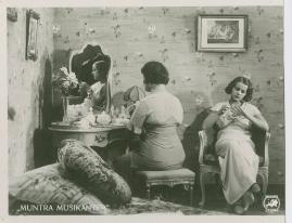 Muntra musikanter : Lustspel för filmen - image 2