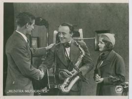 Muntra musikanter : Lustspel för filmen - image 20