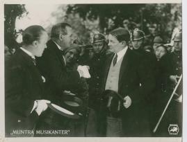 Muntra musikanter : Lustspel för filmen - image 4