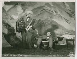 Muntra musikanter : Lustspel för filmen - image 41