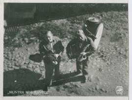 Muntra musikanter : Lustspel för filmen - image 43