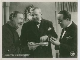 Muntra musikanter : Lustspel för filmen - image 26