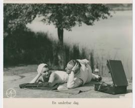 Lyckans gullgossar : Ett filmkåseri med sång - image 82
