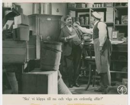 Lyckans gullgossar : Ett filmkåseri med sång - image 60