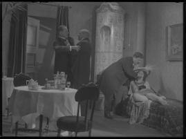 Lyckans gullgossar : Ett filmkåseri med sång - image 89