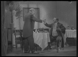 Lyckans gullgossar : Ett filmkåseri med sång - image 7