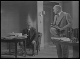 Lyckans gullgossar : Ett filmkåseri med sång - image 35