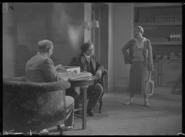 Lyckans gullgossar : Ett filmkåseri med sång - image 68