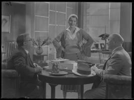 Lyckans gullgossar : Ett filmkåseri med sång - image 118