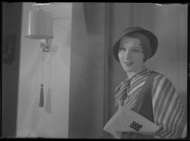 Lyckans gullgossar : Ett filmkåseri med sång - image 14