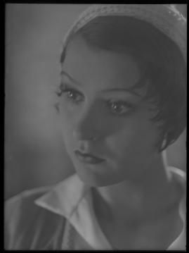 Lyckans gullgossar : Ett filmkåseri med sång - image 95