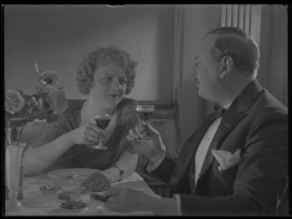 Lyckans gullgossar : Ett filmkåseri med sång - image 15