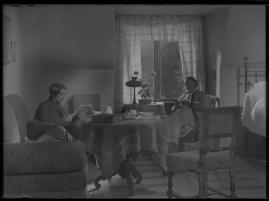 Lyckans gullgossar : Ett filmkåseri med sång - image 16
