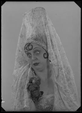 Lyckans gullgossar : Ett filmkåseri med sång - image 100