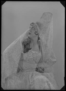 Lyckans gullgossar : Ett filmkåseri med sång - image 130