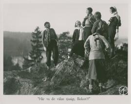 Bomans pojke : Ett filmlustspel med sång - image 21
